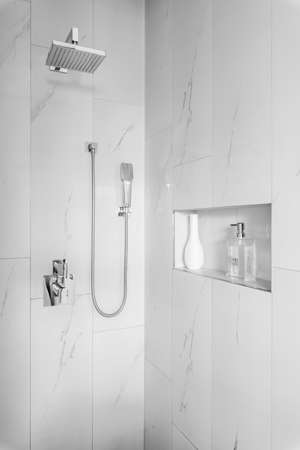 Elegant bathroom interior of modern suburban house Stok Fotoğraf