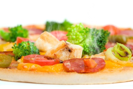 close-up of fresh pizza with chicken and broccoli Stock Photo - 13614512