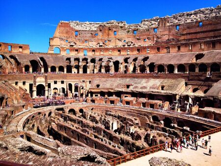 A picturesque view of the Coliseum in Rome. Imagens