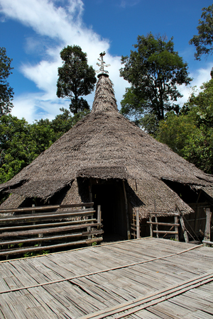 dwelling: A traditional dwelling of the Bidayuh people of Sarawak Borneo Stock Photo