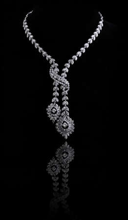 diamond necklace photo