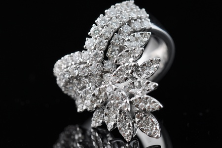 diamond ring with reflection Stock Photo - 9691402