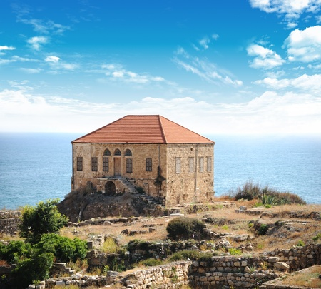 Byblos:landmark archaeological site, inhabited since thousands of years (Lebanon) Imagens - 10379188