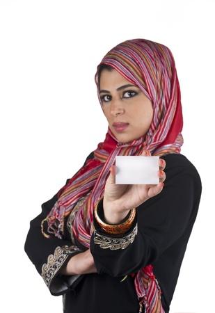 identidad cultural: excuctive isl�mico con el hiyab en una escena de presentaci�n de negocios Foto de archivo