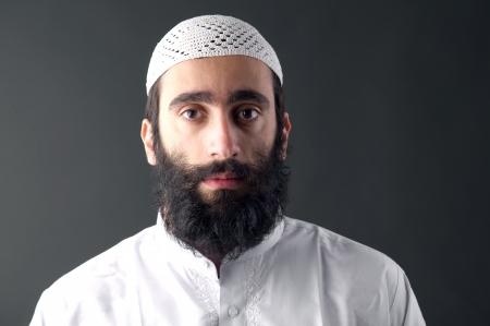 Arabe musulman avec la barbe portrait Banque d'images - 25015497