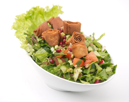 comida arabe: Ensalada fattoush, ensalada libanesa