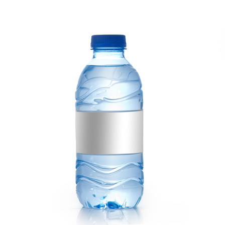 Garrafa de água mineral com rótulo em branco isolado no branco, Mockup de garrafa de água Foto de archivo - 33855285