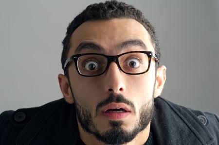 sorpresa: Hombre con una expresi�n facial sorprendido, expresi�n Sorpresa Foto de archivo