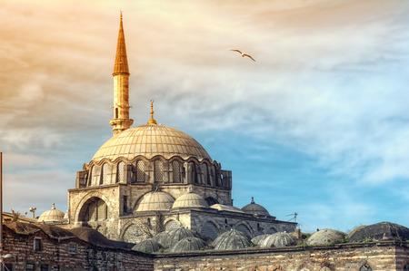 Yeni Cami-moskee Het Nieuwe Moskee in Istanbul, Turkije Stockfoto