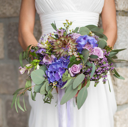 bridal bouquet in the style of Boho
