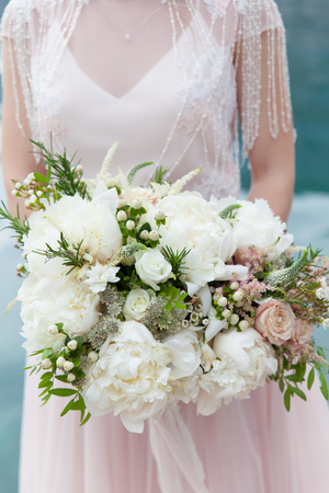 wedding bouquet with white peony and roses 版權商用圖片