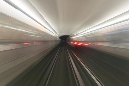 vue depuis la cabine opérateur de métro longue exposition Banque d'images