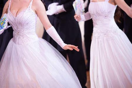 Wedding theme, holding hands newlyweds White gloves Close-up 版權商用圖片