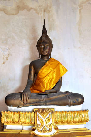 Old sculture of Budda photo