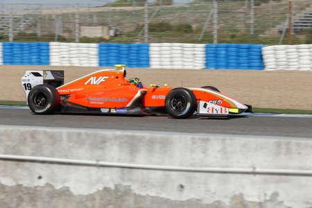 JEREZ DE LA FRONTERA, SPANJE - 19 oktober 2014: Beitske Visser van AVF Team rijdt haar auto in Jerez circuit Stockfoto - 32798011