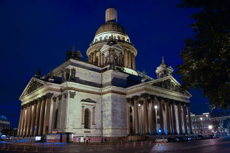 Russia St. Petersburg St. Isaacs Cathedral night time 스톡 콘텐츠