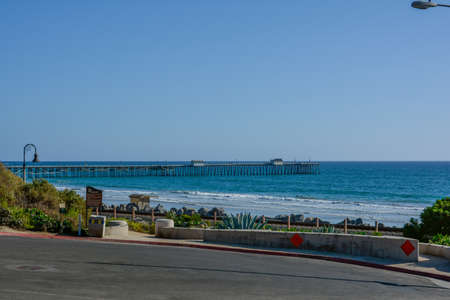Scenic San Clemente Ocean side close to pier and rails pacific surfliner Stock fotó - 123516230