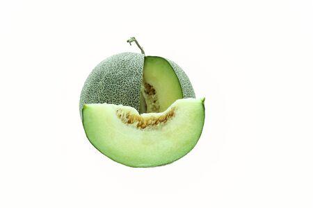 manjar: Verde melón japonés aislado en fondo blanco