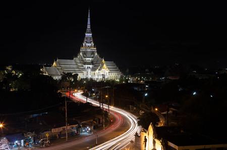 Wat sothorn wararam worawihan temple choeng sao province Thailand at twilight Stock Photo