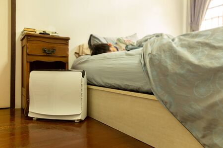 Air purifier in the bed room help young child a good sleep.