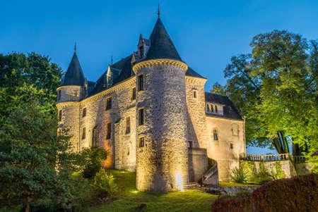 Nieul castle and its park