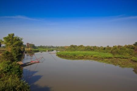 fischerei: Binnenfischerei Thailand ist die Besetzung der Mutter zusammen mit lokalen Wasser