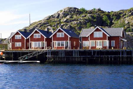 Chalets sur le �le Skrova sur les �les Lofoten norv�gienne  Banque d'images