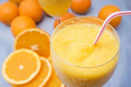 Close-up de jus d'orange frais Banque d'images