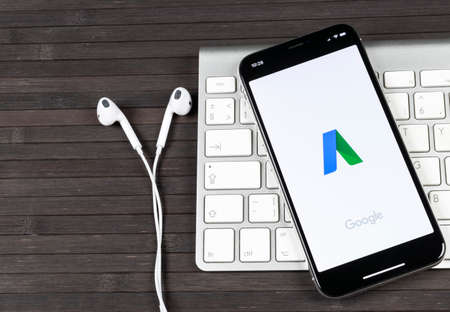 Sankt-Petersburg, Russia, June 2, 2018: Google AdWords application icon on Apple iPhone X screen close-up. Google Ad Words icon. Google Adwords application. Social media network Éditoriale