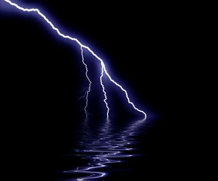 thundering: bolt on sea
