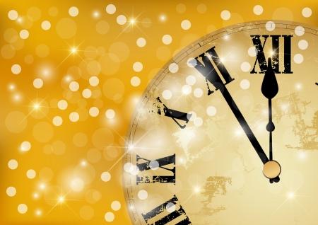 Doce o reloj en la víspera de Año Nuevo s en color dorado