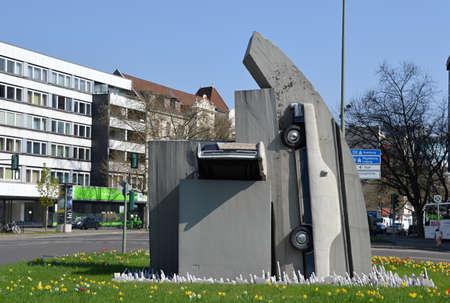 Statue in Halensee, Wilmersdorf, Berlin