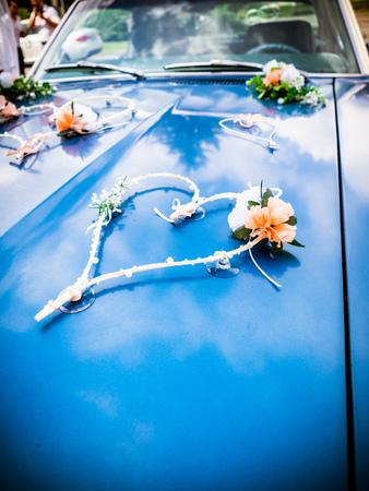 the wedding decoration on the bonnet