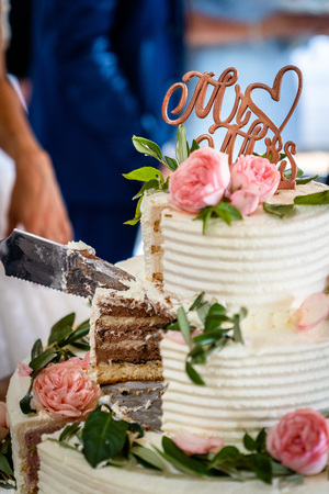 The wedding cake with Mr and Mrs lettering