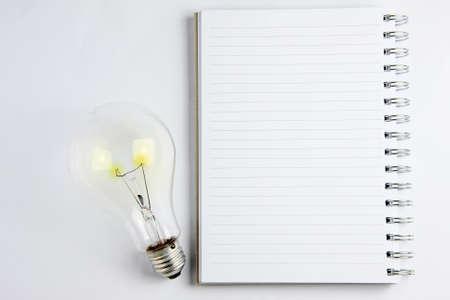 new thinking: notebook � la luce del nuovo modo di pensare e le idee