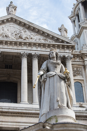 Queen Anne statue in front of St. Pauls Cathedral in London photo