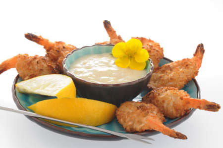 Deep fried shrimp with coconut dipping sauce. Imagens - 3350555