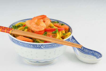 Colorful bowl of chinese noodles and noodles. Imagens - 3392238
