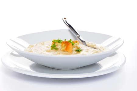 おいしい自家製のスープ クルトンのボウル。