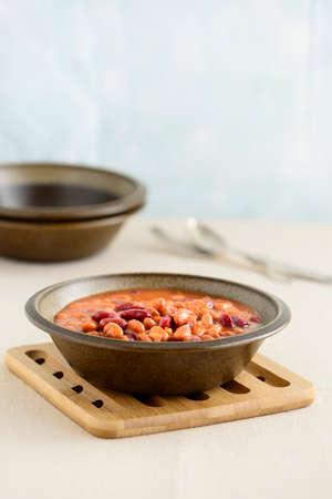 混合豆のボリュームのあるボウル。