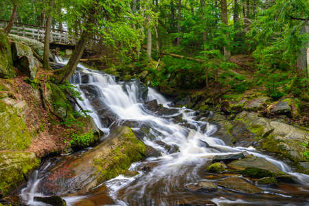 Potts Falls are located in the town of Bracebridge Ontario Canada. Imagens