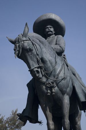 Close up of huge statue of Emiliano Zapata, revolutionary hero, on horse Toluca, Mexico 免版税图像