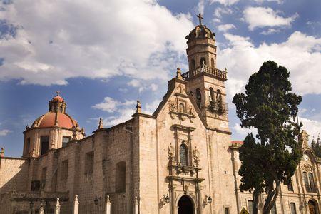 prayer tower: Guadalupita Chiesa Morelia Messico Fuori Panoramica Duomo e Steeple Archivio Fotografico