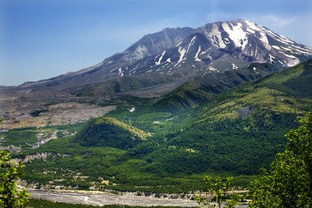 helens: Green Mountans River Snowy Mount Saint Helens Volcano National Park Washington    Stock Photo