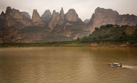Liuijiaxia Reservoir Canyon Binglin Si Buddhist Temple Lanzhou Gansu China   photo