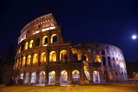 Colosseum Overview Moon Night Lovers Rome Italy Built by Vespacian Banco de Imagens - 5450602