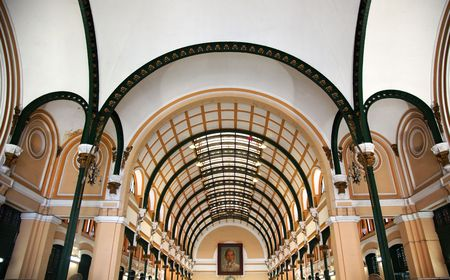 reviewer: Old General Post Office, Buu Dien Trung Tam, Inside built between 1886 and 1891 Saigon Ho Chi Minh City VietnamResubmit--In response to comments from reviewer have further processed image to reduce noise, sharpen focus and adjust lighting.