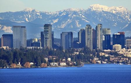 Bellevue Lake Washingtonn, Snowy Cascade Mountains Seattle Washington State Pacific Northwest Stock Photo - 8678983