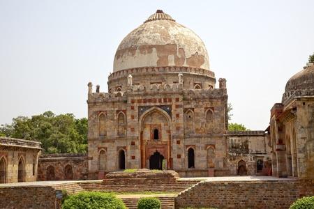 Ancient Dome Bara Gumbad Tomb Lodi Gardens New Delhi India Stock Photo - 10984772
