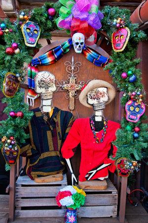メキシコ死者装飾古いサン ディエゴ クリスマスタウン カリフォルニア 報道画像